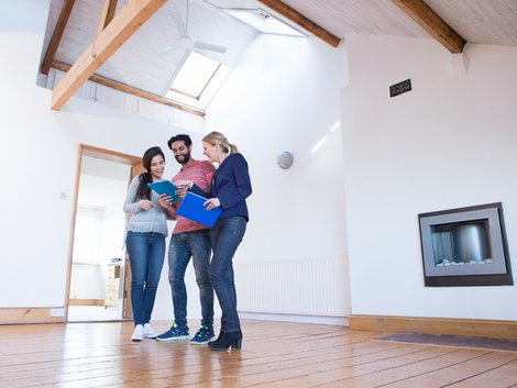 Wohnungsbesichtigung, Foto: iStock / Solstock