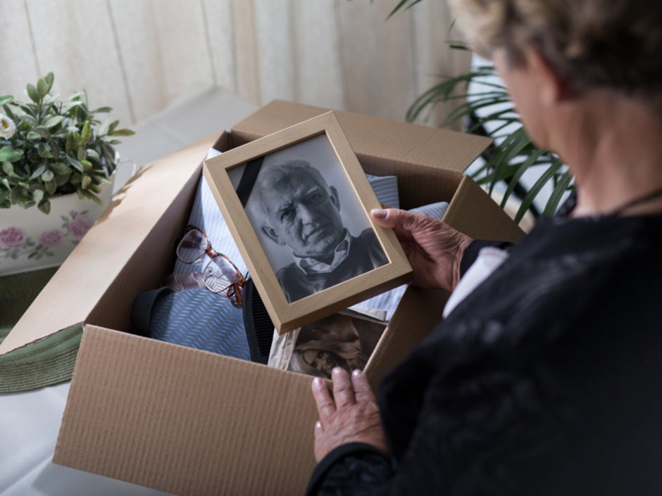 Erben, Mieter stirbt, Foto: iStock.com/KatarzynaBialasiewicz