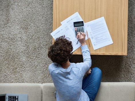 AfA, Immobilien-AfA, Steuern sparen mit Immobilien, Berechnungsgrundlage, Foto: iStock/mediaphotos