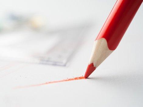 Maklervertrag, Schriftform, schriftlicher Maklervertrag, Foto: Roman Rvachov/stock.adobe.com