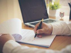 Mietvertrag, Vermieter, Foto: EKKAPON/stock.adobe.com
