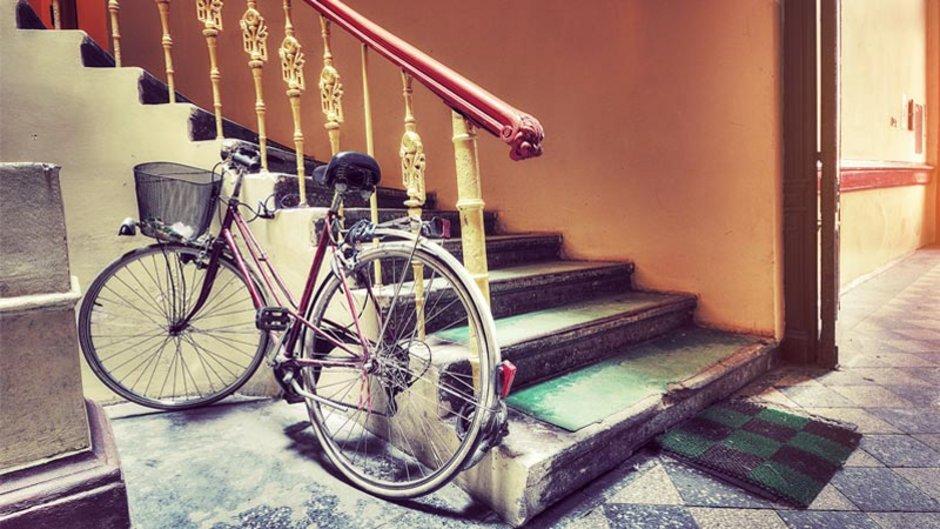 Stiegenhaus, Fahrrad, Foto: iStock.com / PM78