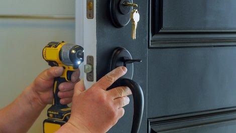 Zweitschlüssel, Ersatzschlüssel, Schloss tauschen, Foto: iStock.com / photovs